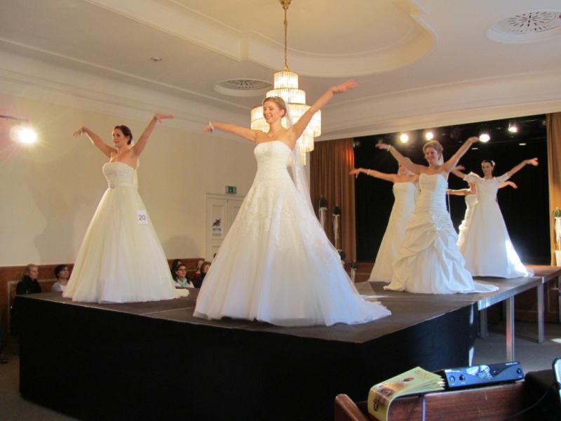 Hochzeitsmesse im Schloss Landestrost