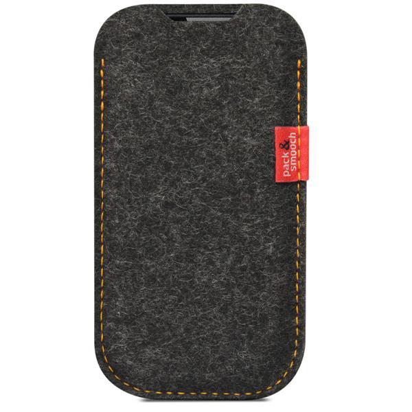 Umhüllt iPhone, Fairphone, Galaxy und Co. ganz natürlich: Elie aus edlem Wollfilz von Pack & Smooch
