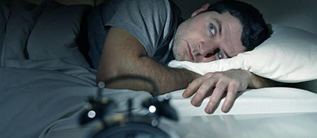 Schlafmangel steigert den Appetit