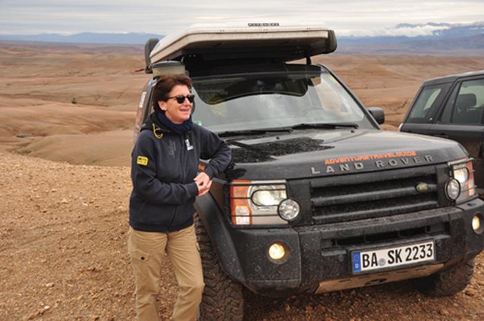 Ellen Lohr mit Special Adventure in der Agafey Desert