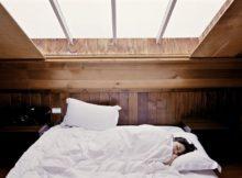 Zehn Dinge, die die Menschen am ruhigen Schlaf hindern