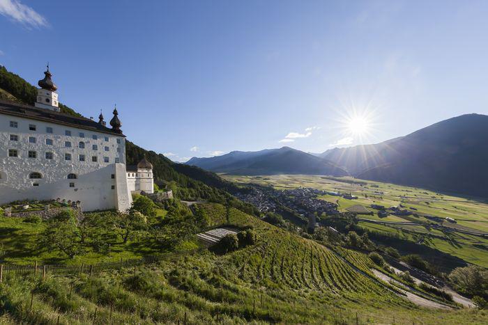 Das Stift Marienberg im Vinschgau ist Europas höchstgelegener Benediktinerabtei