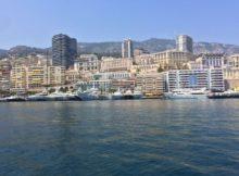 Monaco, das Mekka der Reichen und Schönen, vom Wasser aus gesehen