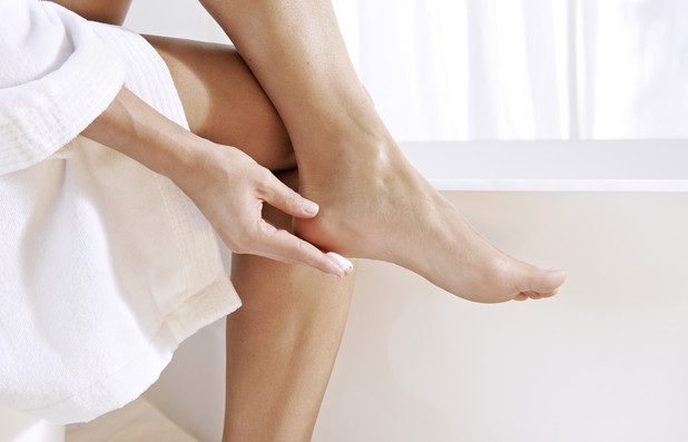 Besonders häufig sind Füße und Nägel betroffen