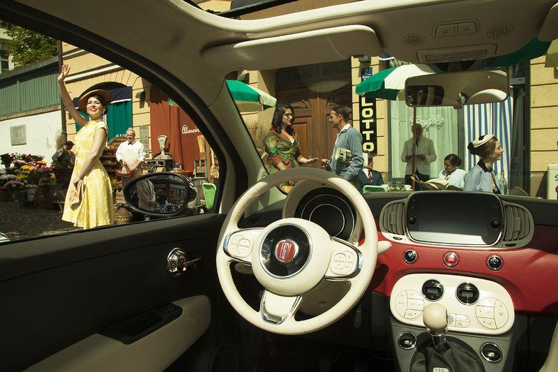 Fiat 500 auf Zeitreise in München