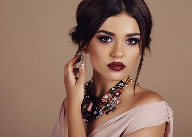 Golden Glamour - So wird das Make-up festlich