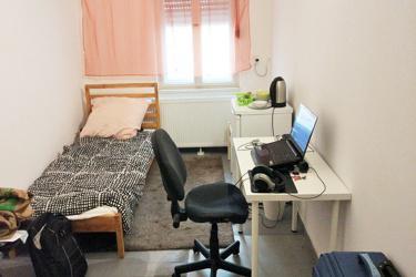 Zimmer mit Internet in Berlin Spandau, Bad/Wc-Mitbenützung, Gästeküche, Waschmaschine