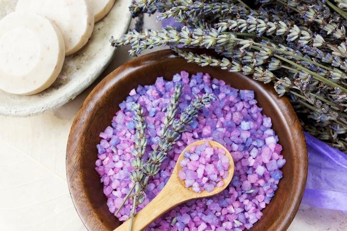 Pollenallergiker: Vorsicht bei Naturkosmetik