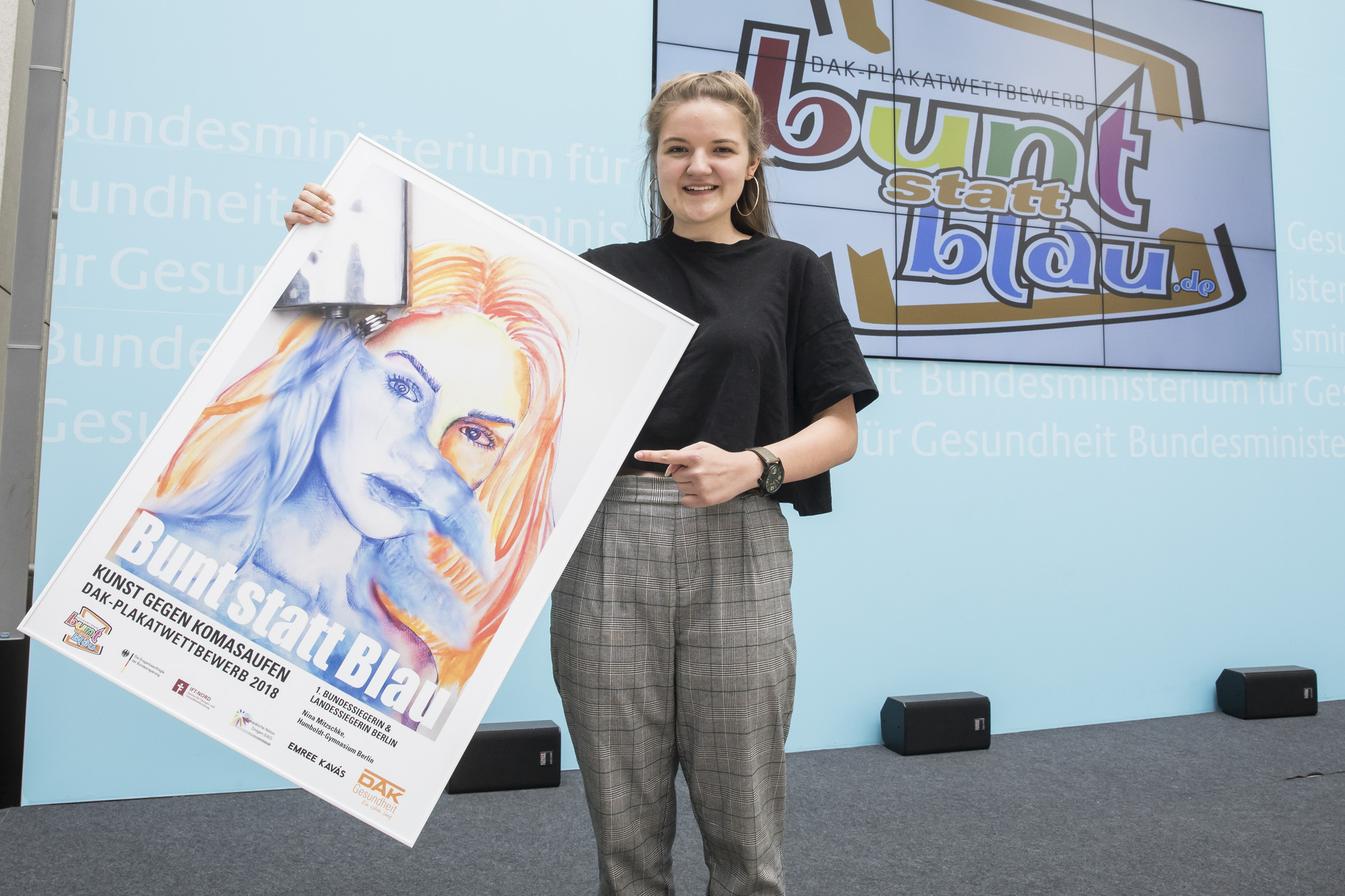 Komasaufen: Berliner Schülerin gewinnt DAK-Plakatwettbewerb