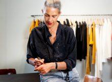 Die französische Designerin Isabel Marant kreiert zusammen mit L'Oréal Paris ihre erste Make-up-Kollektion