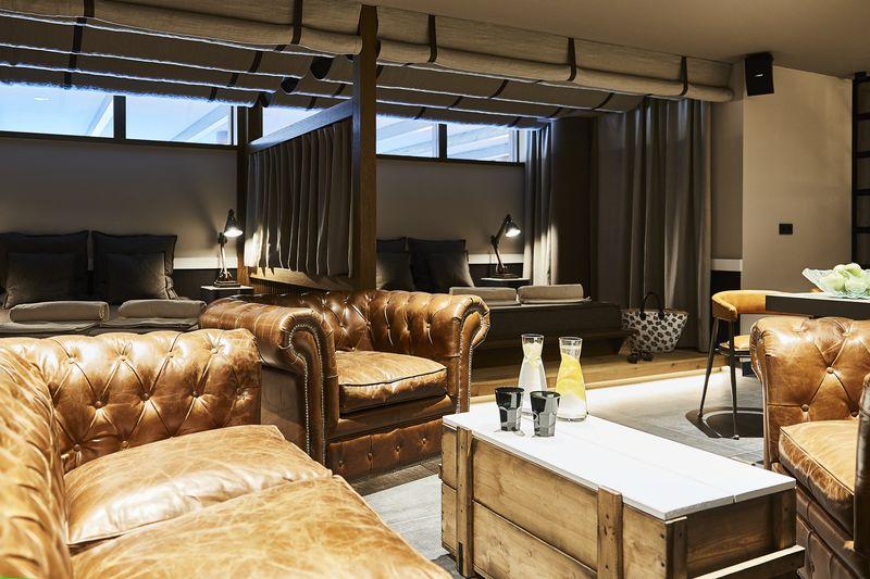 boxatmosph re meets hightech wellbeing das landhaus stricker auf sylt setzt neue ma st be. Black Bedroom Furniture Sets. Home Design Ideas