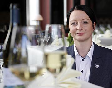 Kassandra Kuntzsch trifft den Weingeschmack der Gäste