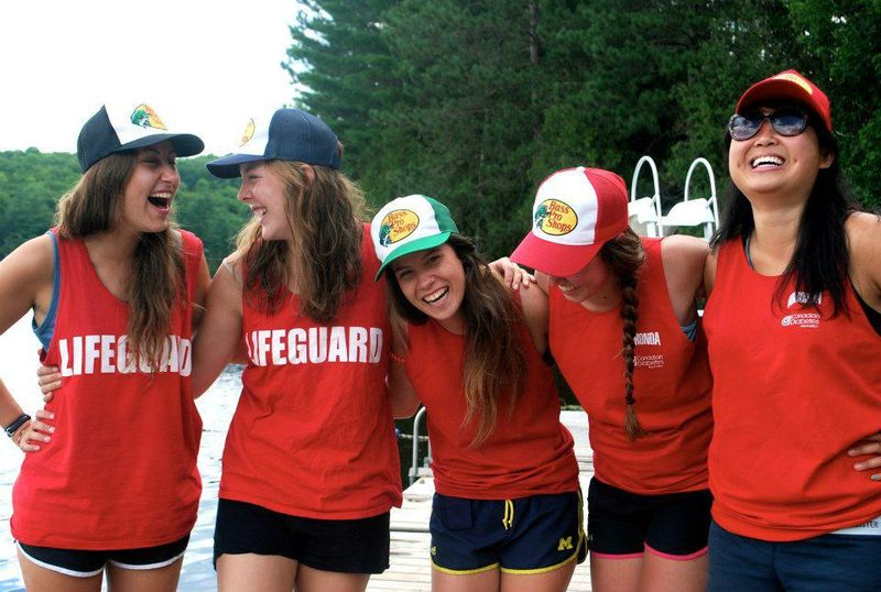 Als Lifeguard im Summercamp in den USA oder Kanada