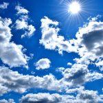 Frühlingssonne: Vitamin D tanken oder Haut schützen?