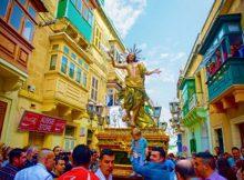 Osterprozession durch die Altstadt in Birgu