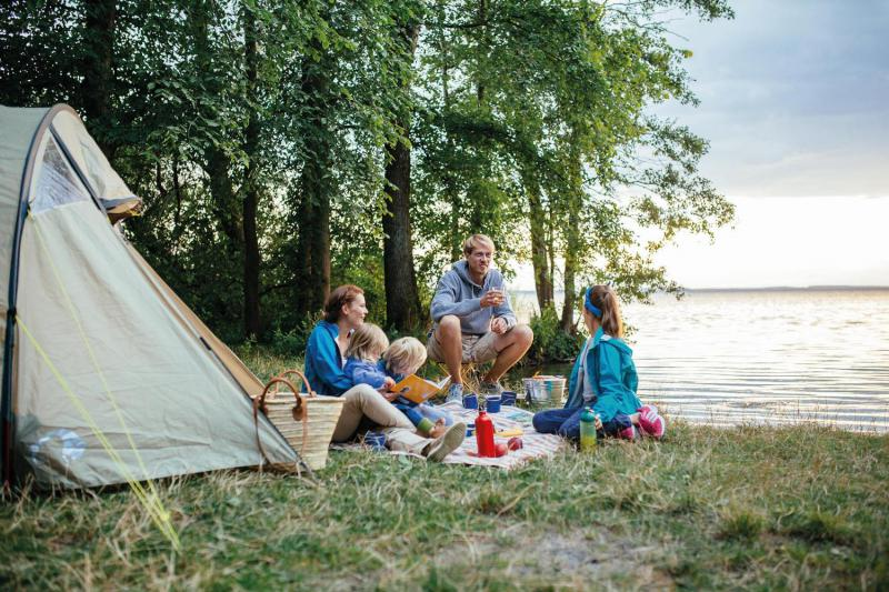 """Campen während der """"Ansommern""""-Zeit in der Mecklenburgischen Seenplatte"""