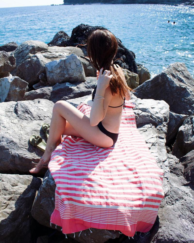 Das Hamamtuch Bella von Hamamista wird traditionell handgewebt