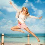 Summerfashion: Michelle Hunziker als Werbemodel für Beachwear am Start
