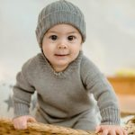 Eine Baby- und Kleinkindkollektion aus reinen Naturfasern
