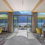 Tannheimer Tal in Tirol: Seeblick soweit das Auge reicht