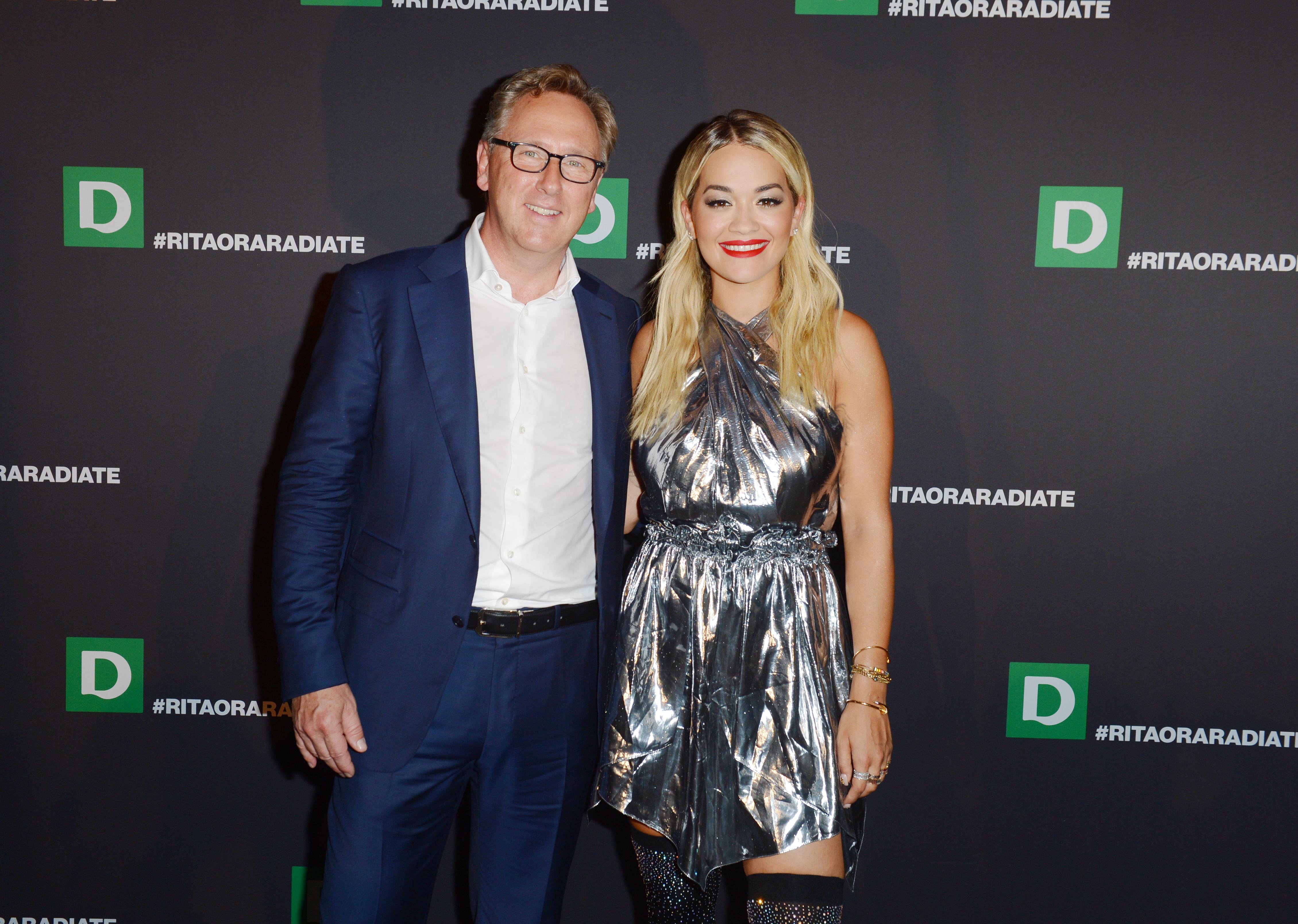 Firmenchef Heinrich Deichmann stellte zusammen mit Rita Ora in Berlin die neue Kollektion vor