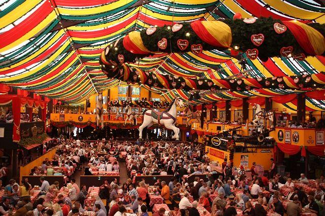 Das weltbekannte Volksfest in München