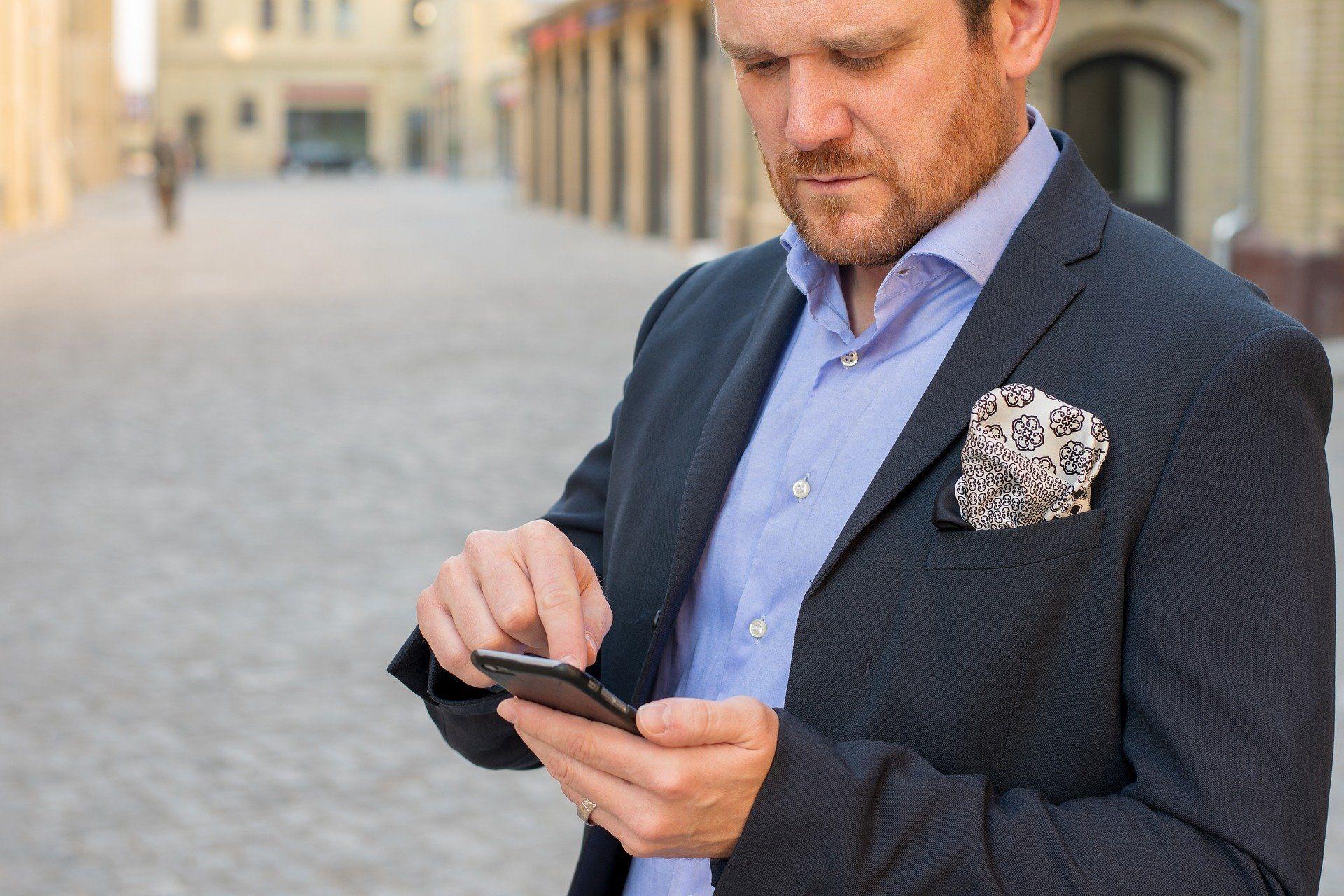 Im Business-Outfit ist Mann auf der sicheren Seite