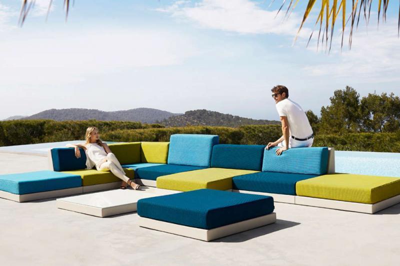 Modulare Möbelsysteme gehören zu den Outdoor Trends 2020.