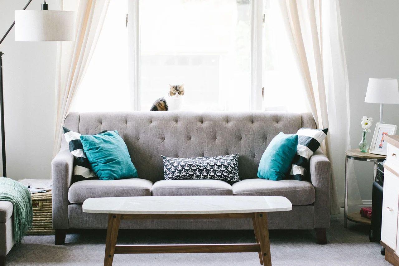 Ein schönes helles Wohnzimmer