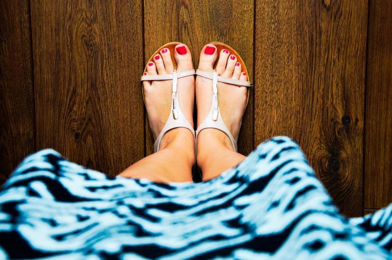 Zehentrenner Sandalen – Antike trifft Moderne