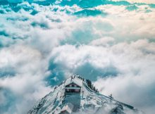 Luftaufnahme Grosser Mythen, Schweiz
