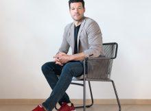 Der dreimalige deutsche Fußballer des Jahres, Michael Ballack, tritt in Skechers-Marketingkampagnen auf.