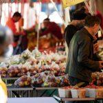 Wie beeinflussen uns Emotionen und Werte beim Shoppen?