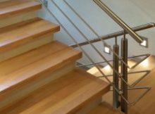 Treppenrenovierung mit FLEXISTEP, Stufenbeläge aus echtem Holz (© Fa. Isfort Holzhandels GmbH)